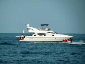 assurance yacht